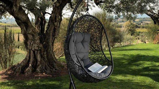 regola 311nondevidimostrarenullaanessuno eustachia bonton. Black Bedroom Furniture Sets. Home Design Ideas
